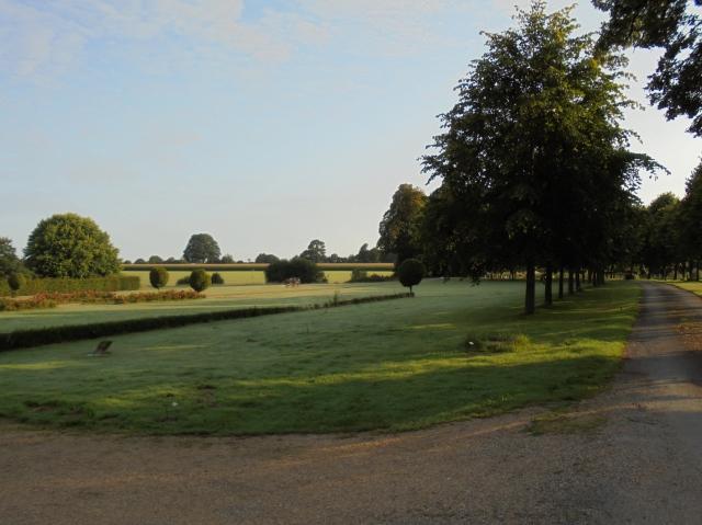 Slottsparken på morgonen.