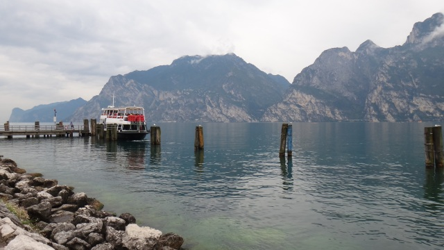 Gardasjön som bakgrund